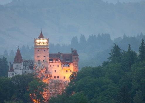 замок дракулы - в темноте
