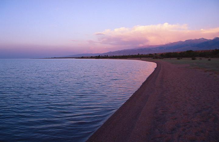 иссык - куль - пляж