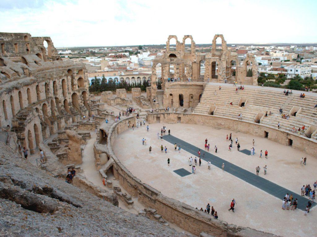 тунис - площадь