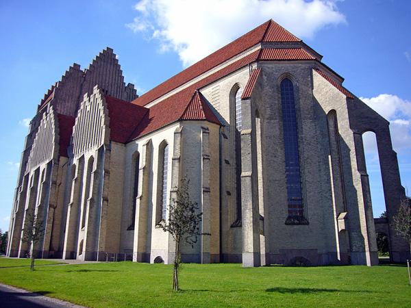 церковь грунтвига  - профиль