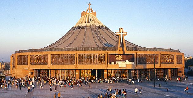 Новая базилика Девы Марии Гваделупской