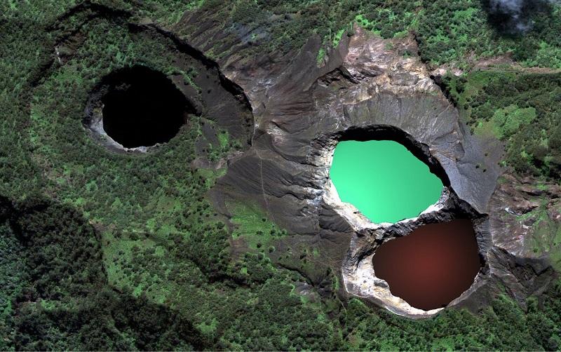 9-Цветные озера вулкана Келимуту - супер