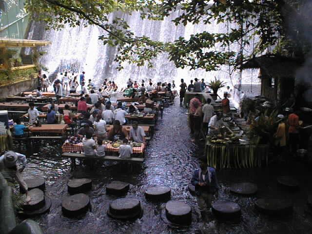 ресторан у водопада - 3