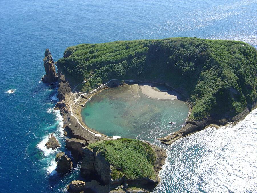 ostrov-vila-franka-ilheu-vila-franca-vila-franka-du-kampu-azorskie-ostrova