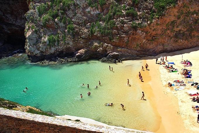 portugaliya-ostrov-berlenga-grande-berlenga-grande-penishe-lejriya