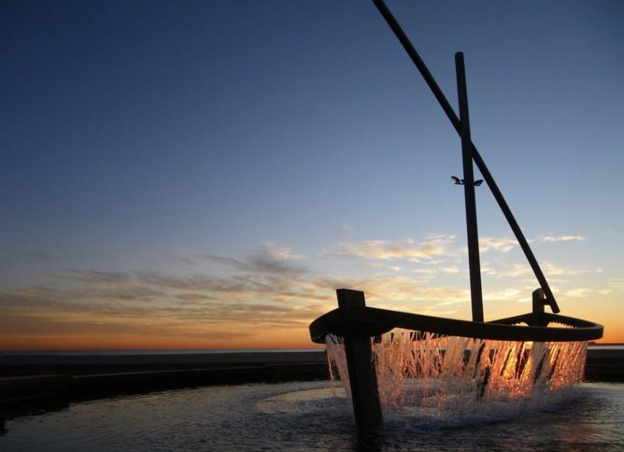 фонтан-лодка в Валенсии