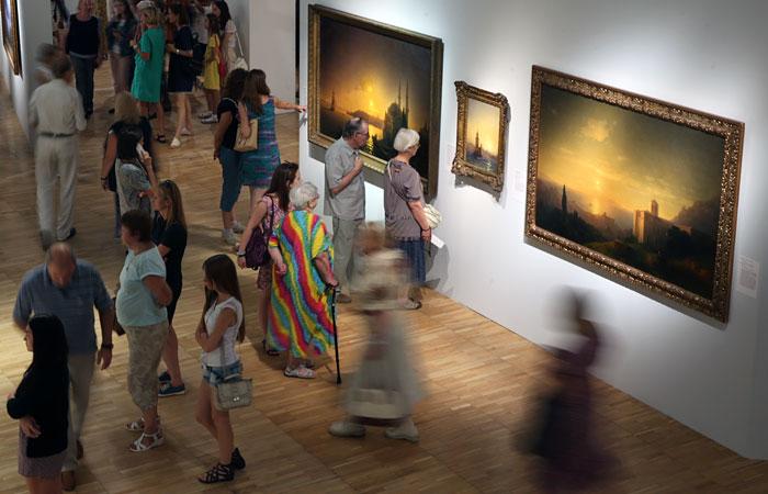 vystavka-ajvazovskogo-narod