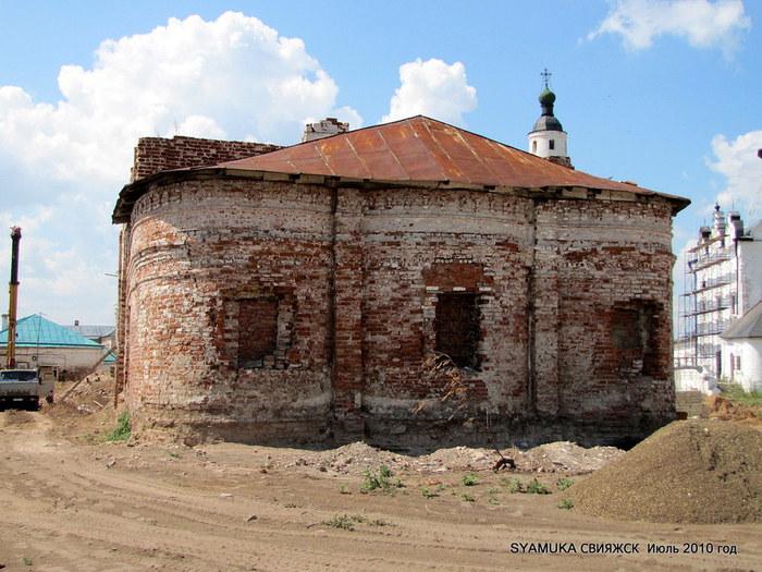 sviyazhsk-staroe-zdanice