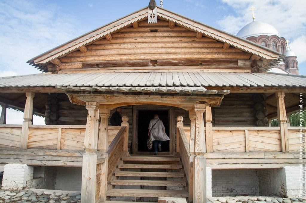 sviyazhsk-derevyannyj-dom
